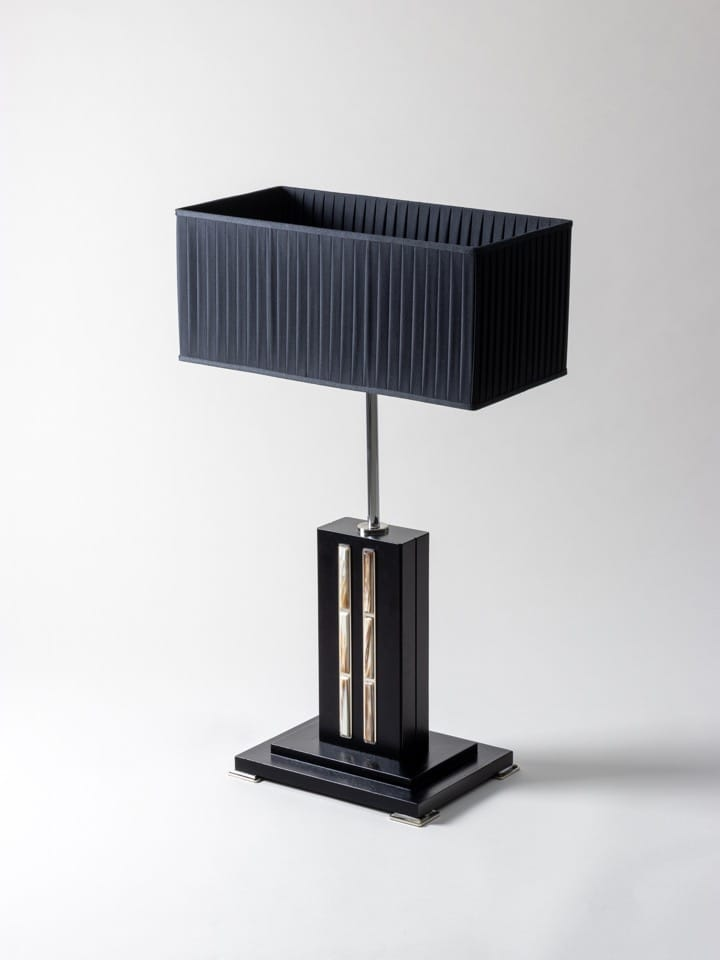 Table lamp in natural horn handmade by Zanchi 1952